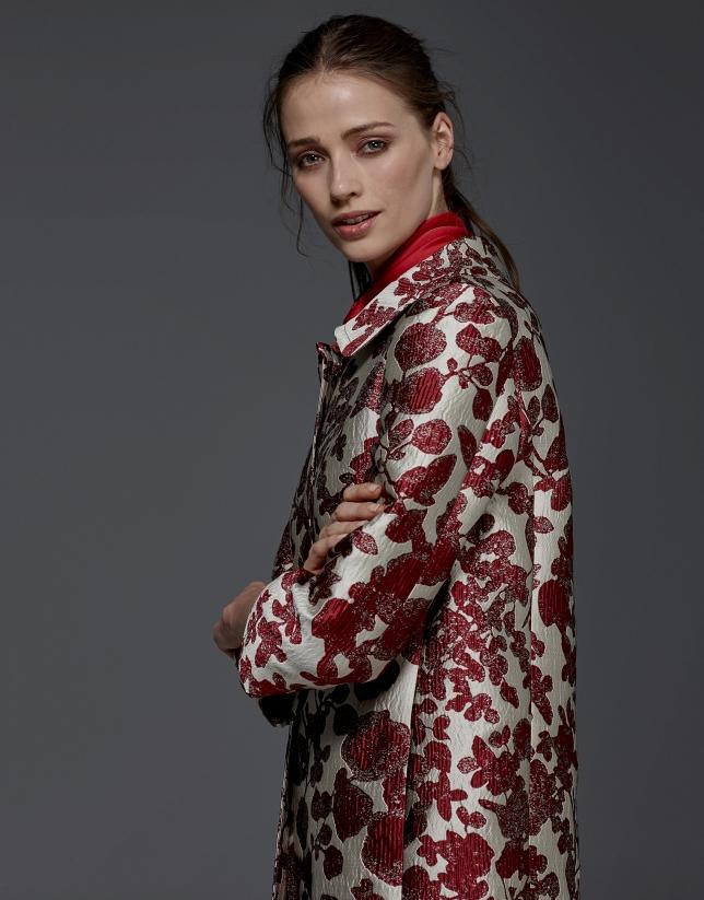 Manteau en jacquard imprimé de fleurs grenat