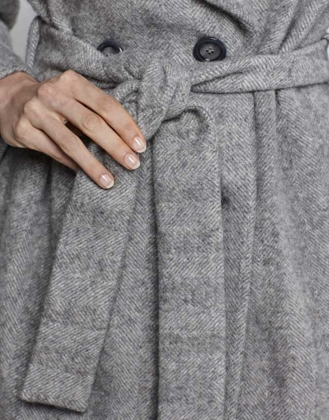 Abrigo largo espiga gris