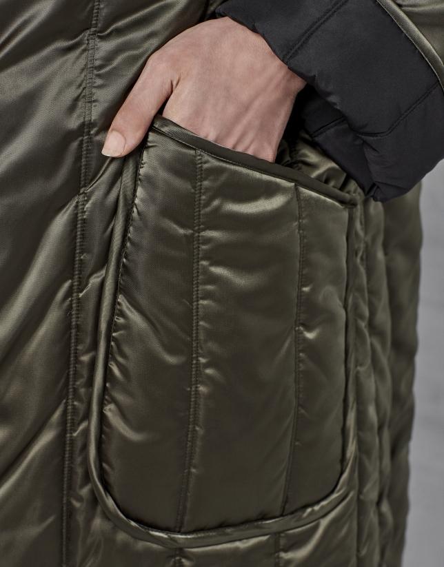Abrigo largo acolchado reversible negro/verde
