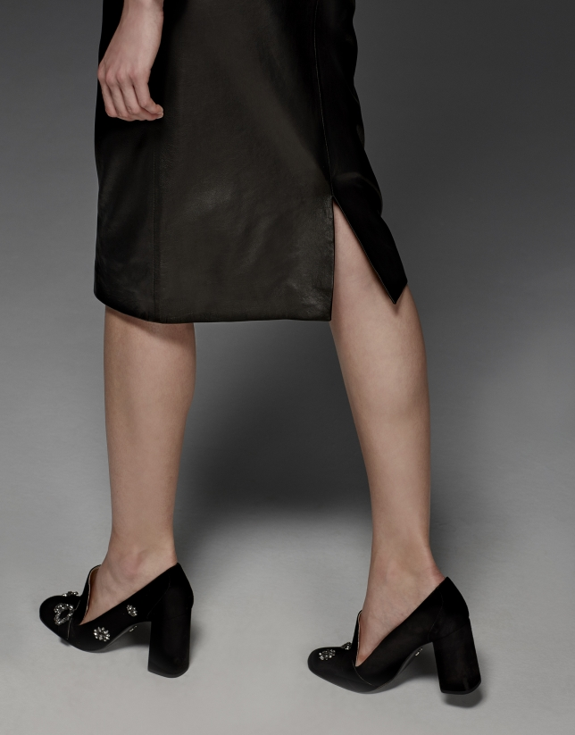 Falda lápiz piel cordero negra