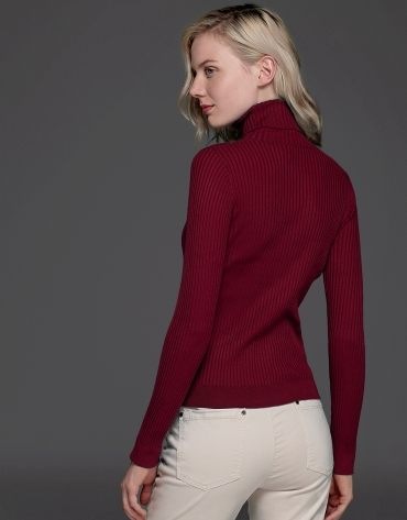 Tile ribbed turtle neck sweater