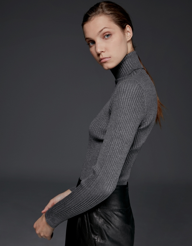 Marengo gray ribbed turtle neck sweater