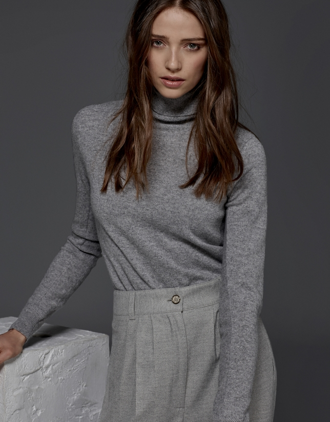 Gray turtle neck sweater