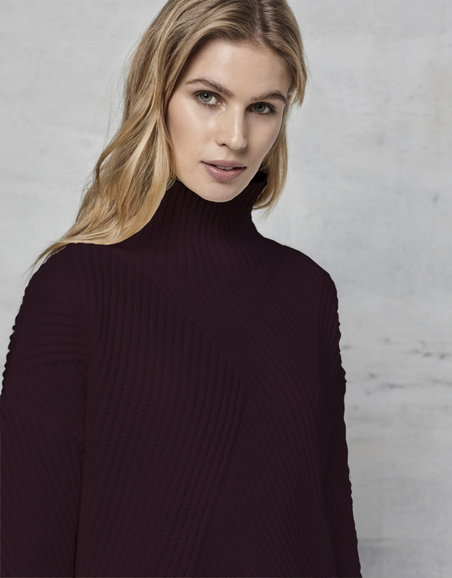 Maroon green oversize sweater