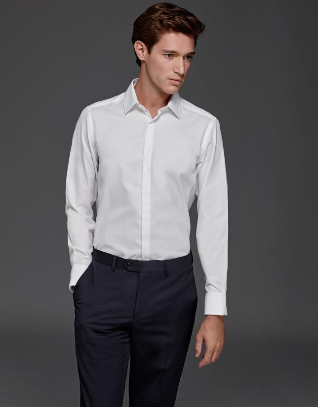 Chemise de costume structurée blanche à boutons de manchette