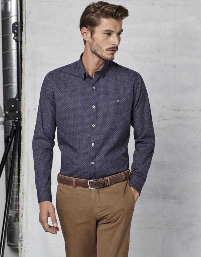 Chemise bleu marine avec fantaisie marron