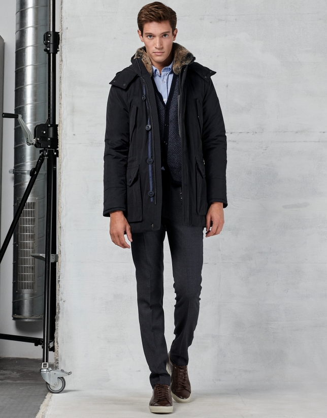 Navy blue parka with hood and fur