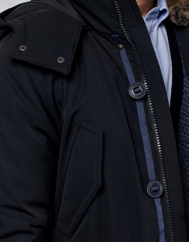 Blouson bleu marine avec capuche et peau de lapin