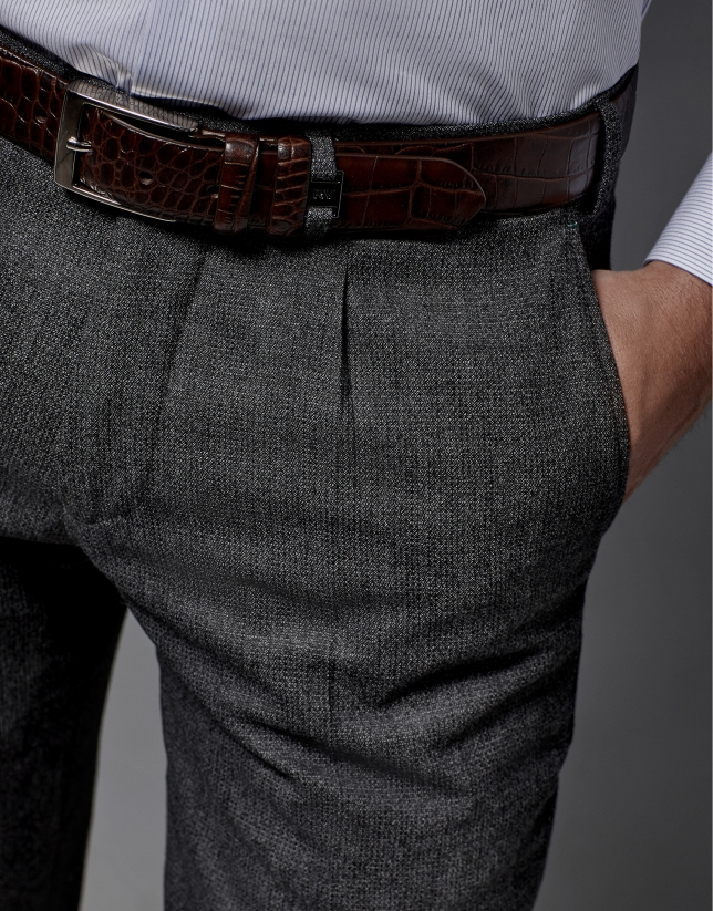Gray dress pants with darting