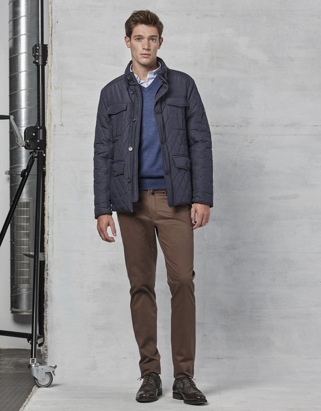 Pantalon chino en coton couleur marron