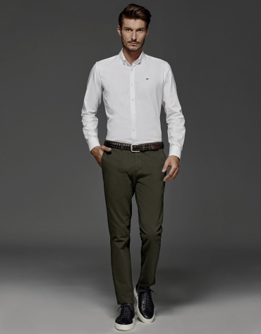 Khaki chinos with micro print