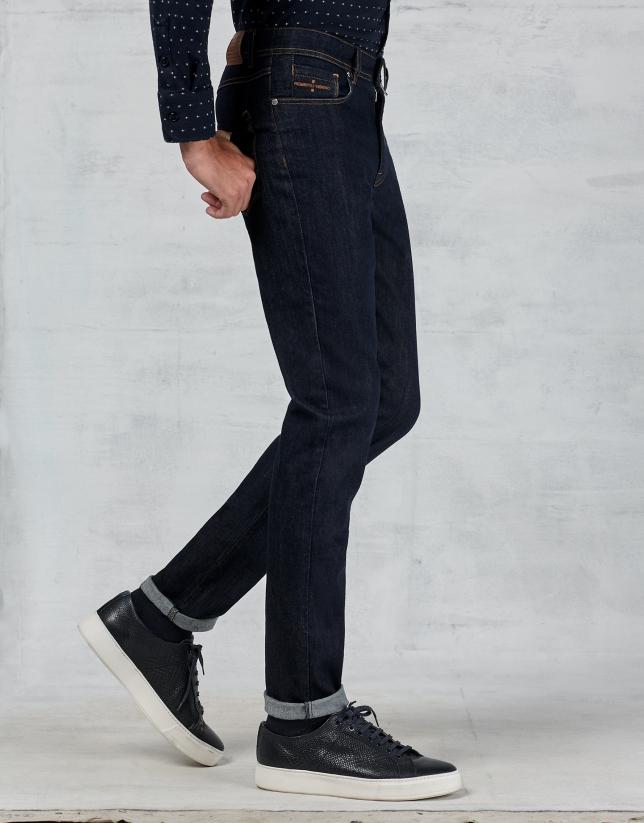 Jean cinq poches bleu foncé