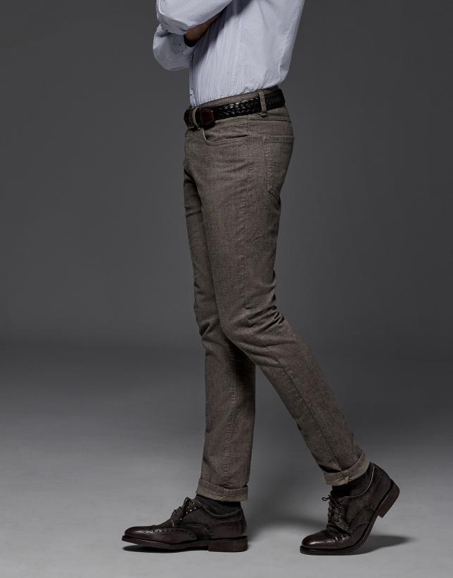 Pantalon cinq poches couleur vison