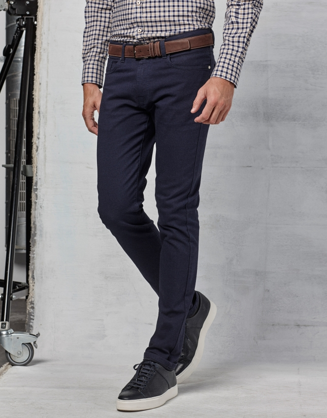 Pantalon cinq poches couleur bleu marine