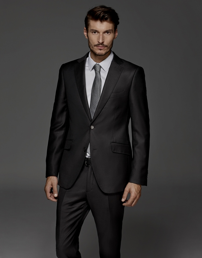 Black fake plain suit
