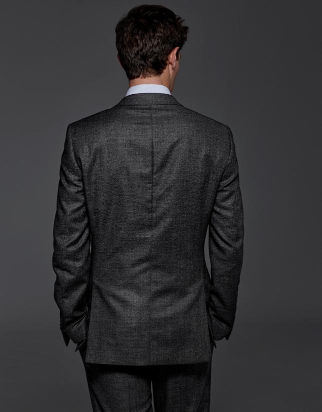 Costume coupe ajustée à carreaux gris