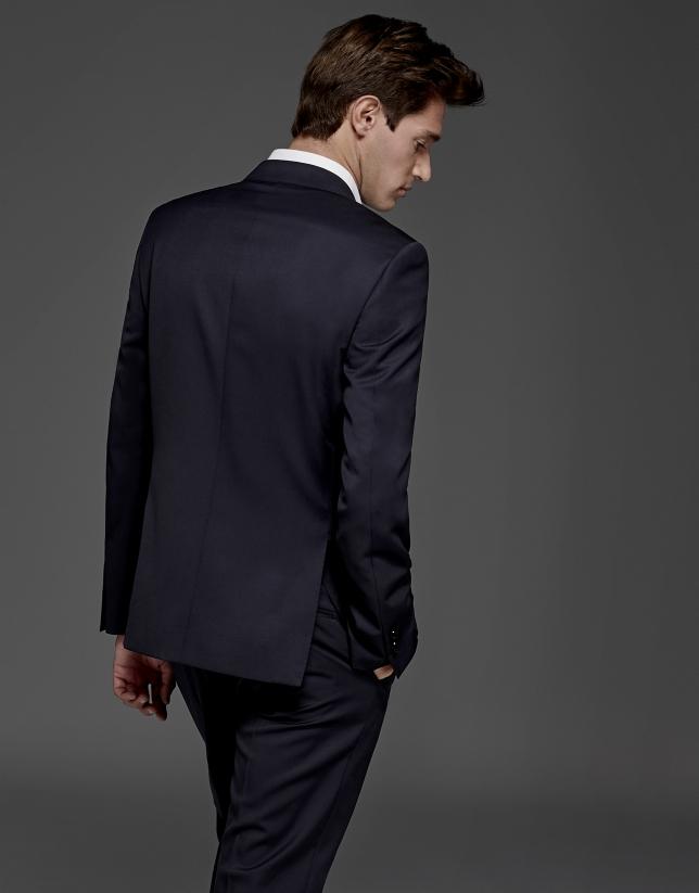Navy blue basic slim fit suit