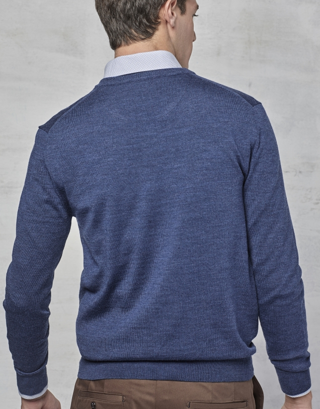 Blue wool sweater with V neck