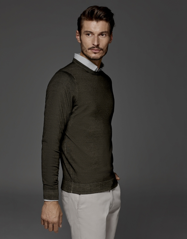 Khaki dyed sweater with square collar