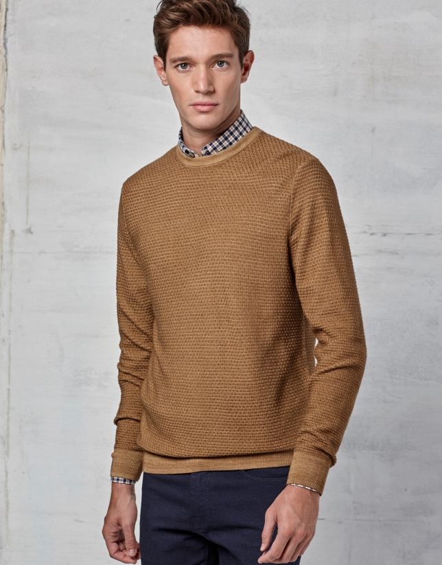 Ochre woven sweater with square collar