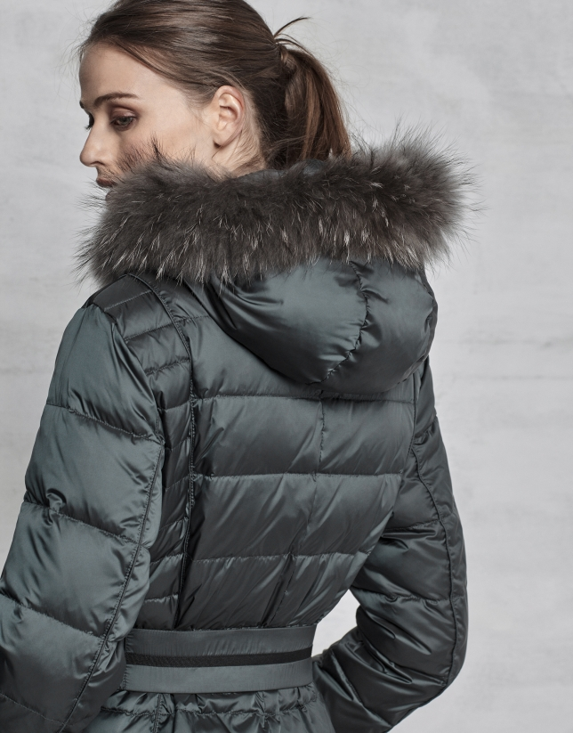Long dark green ski jacket with fur