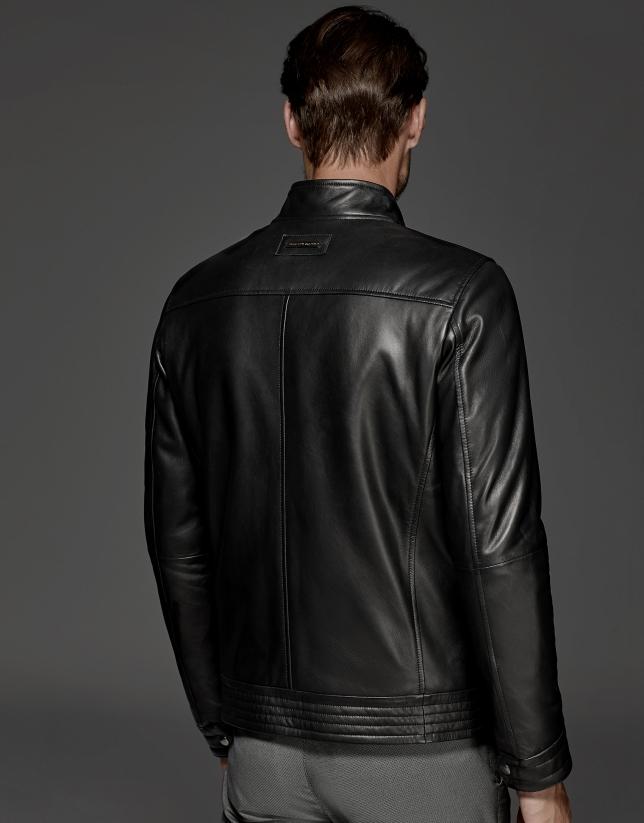 Blouson en cuir noir à col patte boutonnée