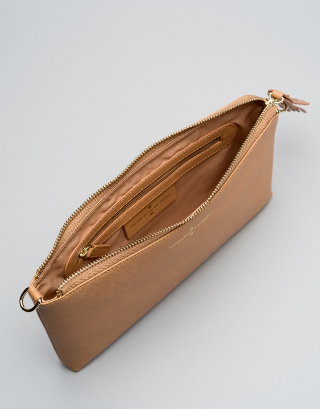 Caramel toffe Saffiano leather Lisa Clutch