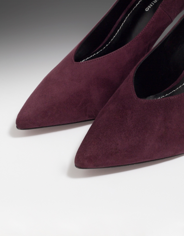 Burgundy suede Matisse pumps with ankle bracelet