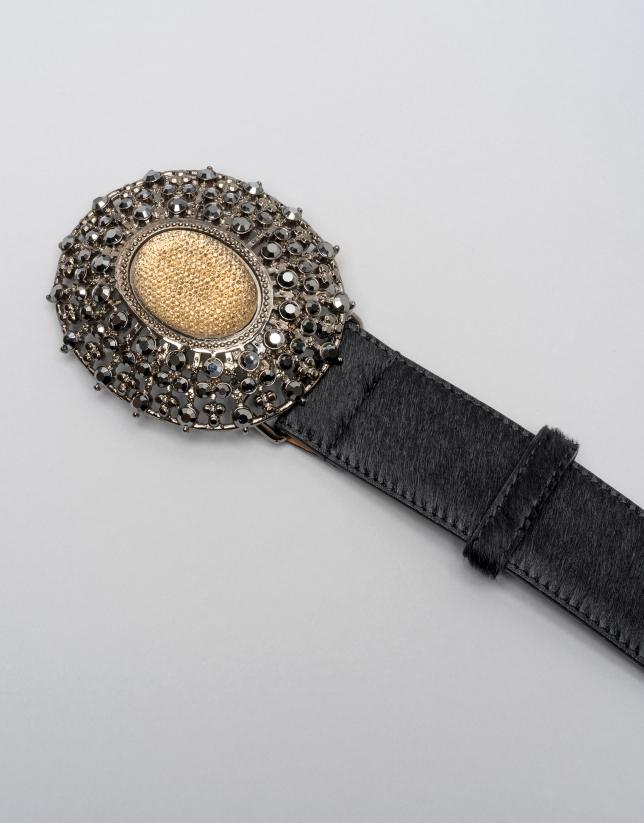 Cinturón pelo color negro con hebilla joya