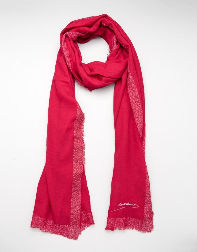 Etole en laine couleur rouge