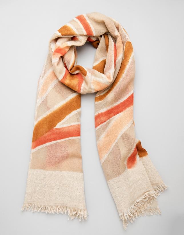 Etole en laine couleur sable avec imprimé géométrique