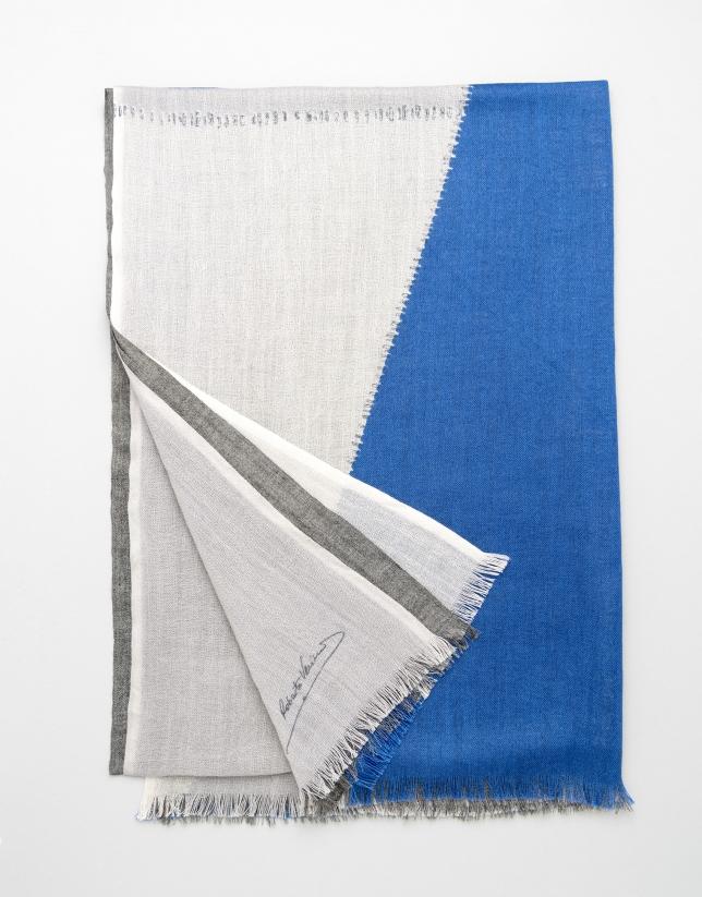 Blue geometric print wool scarf