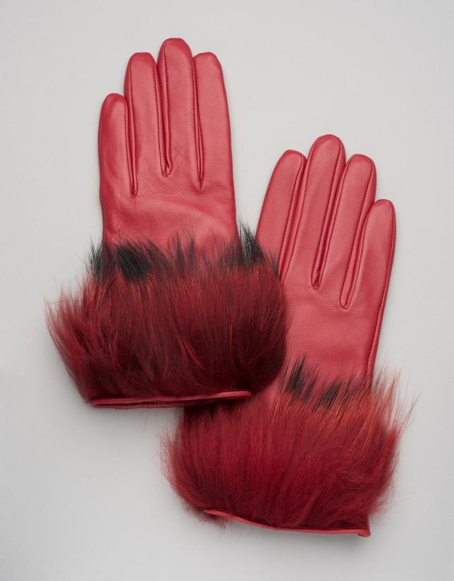 Guantes de piel con pelo rojo
