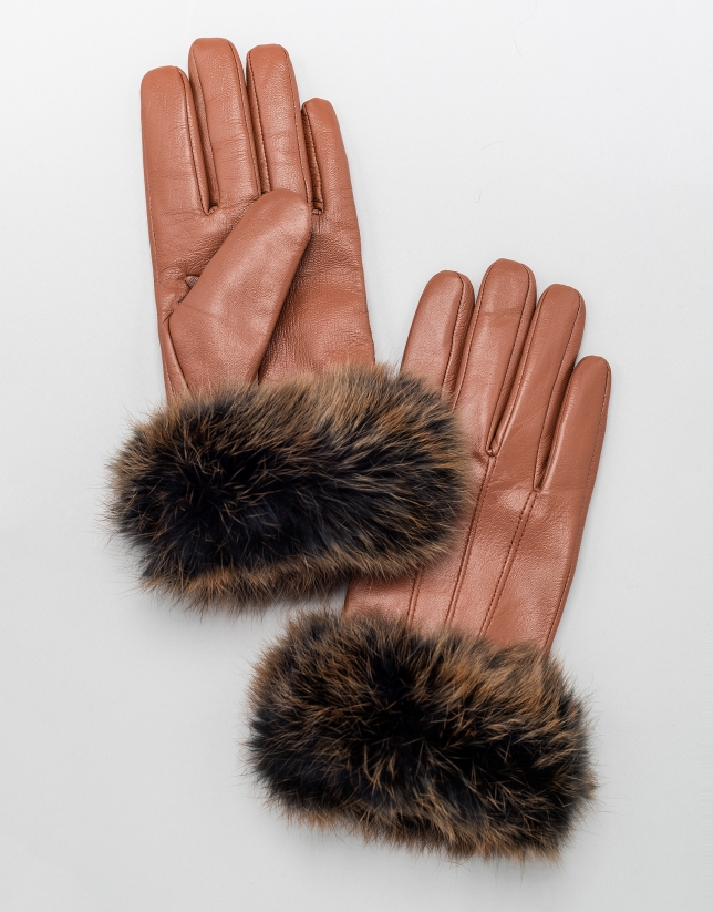 Brown leather gloves with fur trim