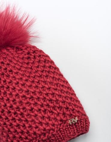 Bonnet rouge en laine avec pompon