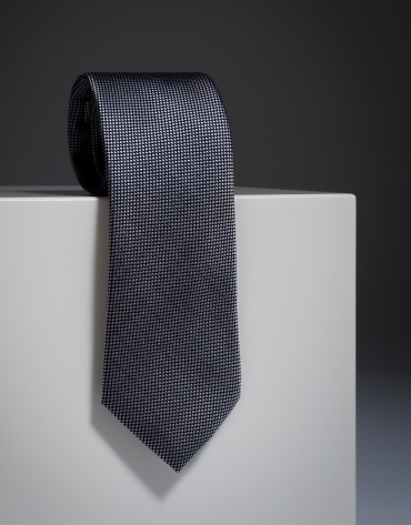 Black jacquard silk tie with ivory diamond design