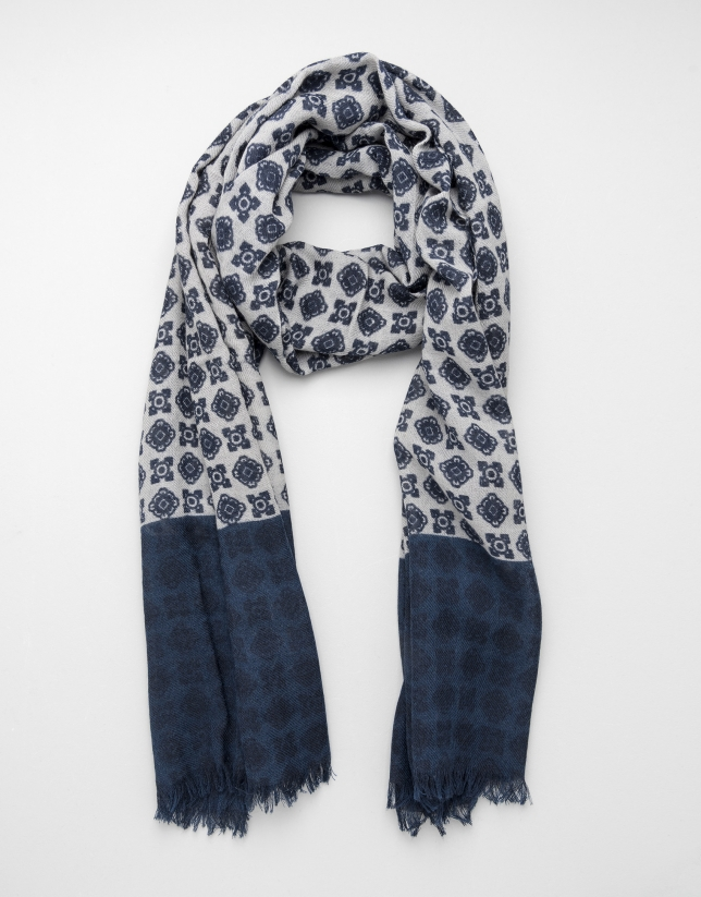 Ivory scarf with navy blue trim