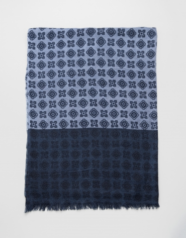 Blue scarf with navy blue trim