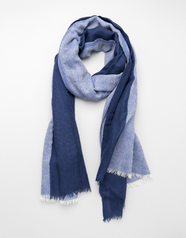 Blue two-tone scarf