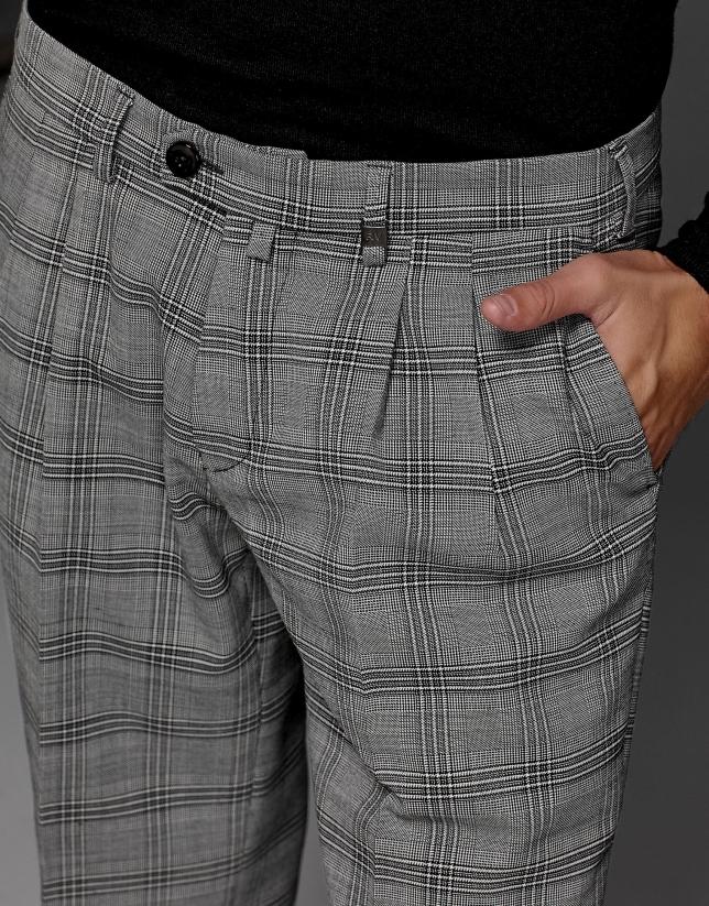 Gray glen plaid pants with darts