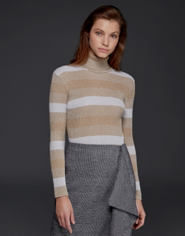 Beige/ivory ribbed sweater