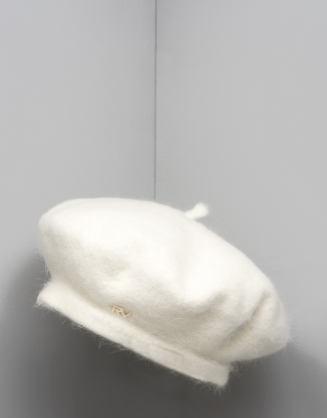 White wool and angora beret