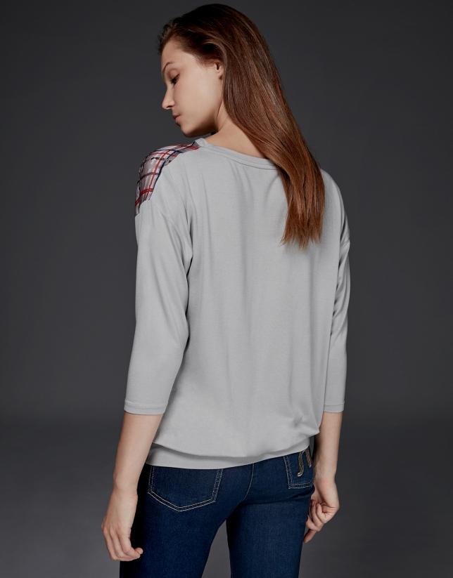 Camiseta manga murciélago gris
