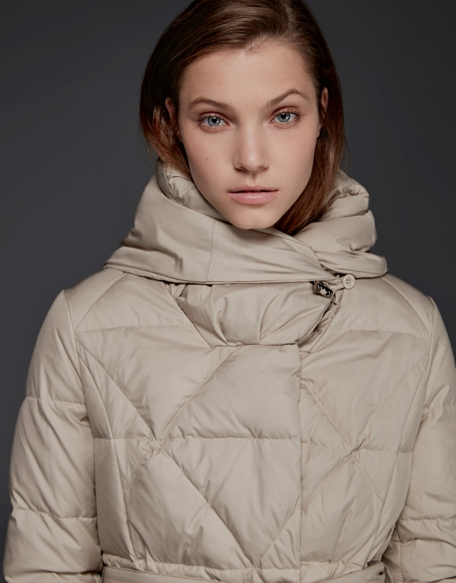Long navy beige quilted ski jacket