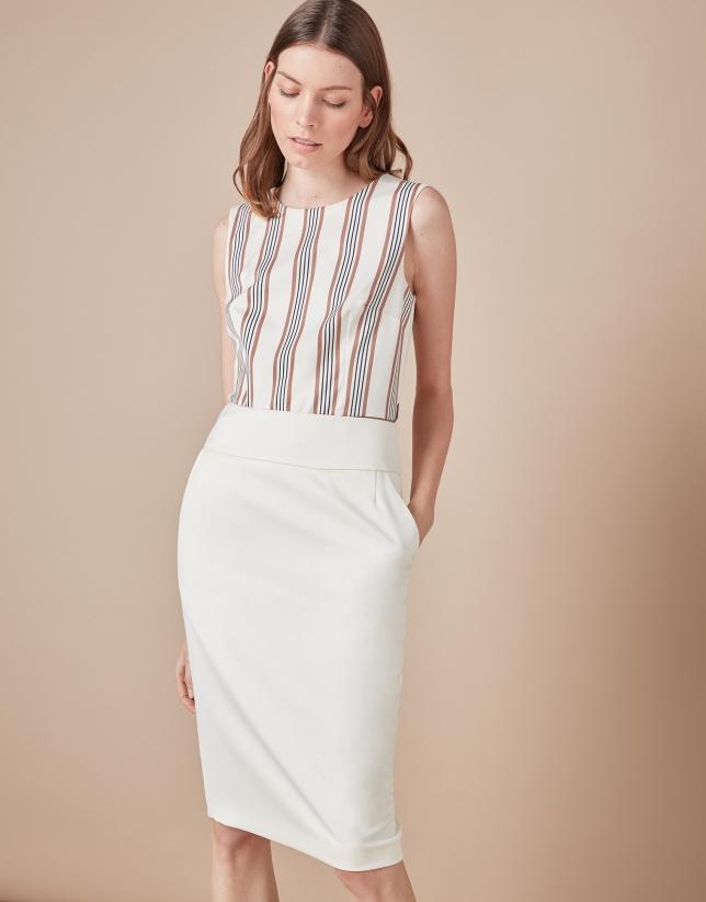 Beige sheath skirt