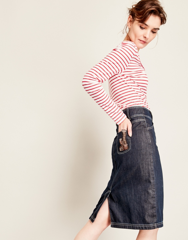 Jean skirt with patch