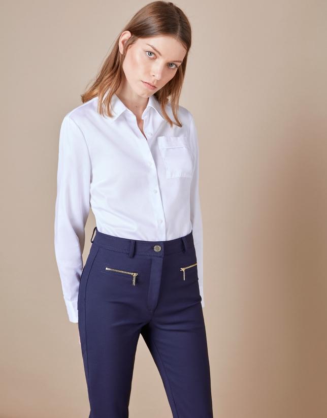 Pantalón pitillo azul
