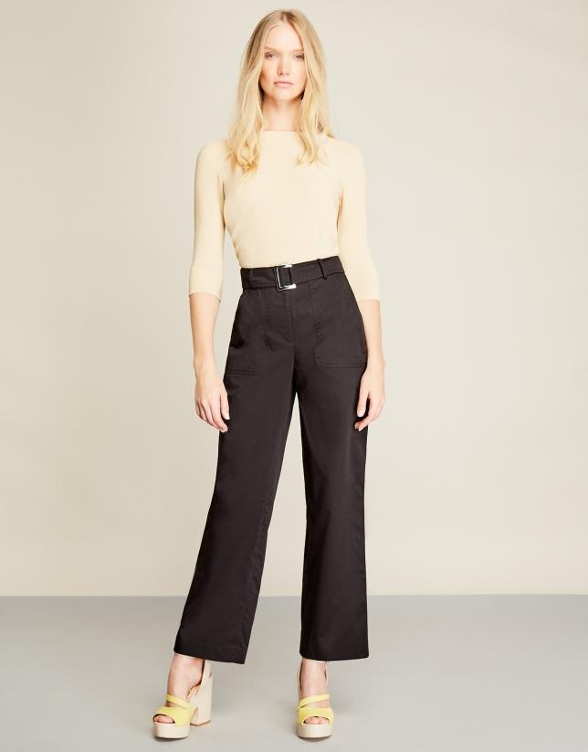 Black high-waisted sport pants