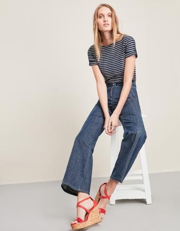 Indigo bell-bottomed jeans