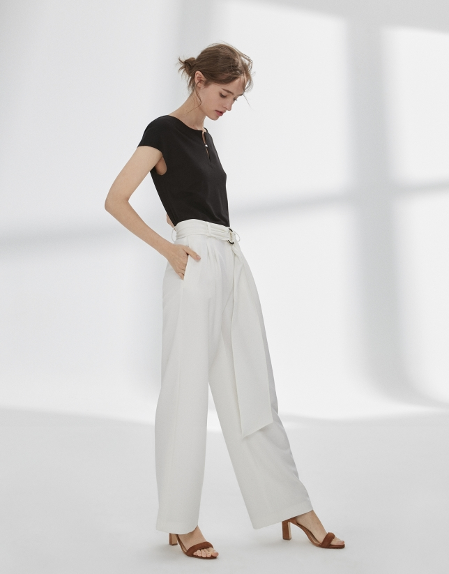 Beige palazzo pants with darts